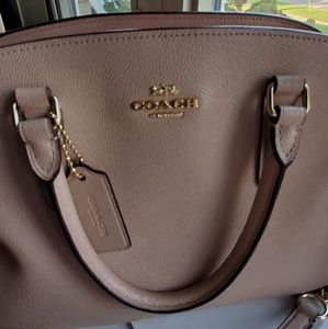 Coach purse beautiful light peach color